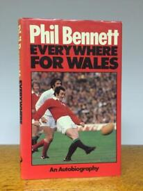 Rare original PHIL BENNETT signed autographed Biography Book Wales Welsh rugby 1981