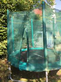 Trampoline with safety enclosure, 8ft, great condition