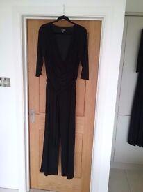 Black cat suit size 18