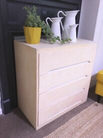 1960s Vintage Linden Blonde Beech Plywood Chest Of Drawers - Collection Old Portsmouth