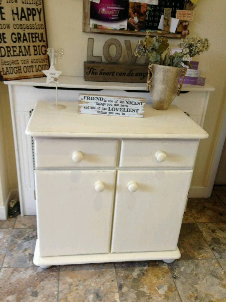 Shabby chic cupboardin Ramsbottom, ManchesterGumtree - Shabby chic cupboard hand painted in clotted cream chalk paint then waxed. Lovely piece of furniture. Other shabby chic items available