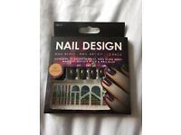 Nail design kit