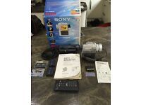 Sony camcorder video camera handycam Dcr-pc110e pal exc condition