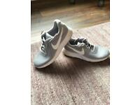 Nike Tanjun Trainers uk 8.5