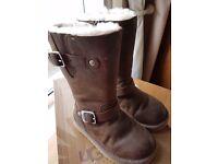 Girls genuine ugg boots size 10