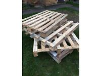 4 wooden pallets good condition