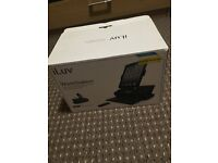 ILUV Speaker dock station with keyboard for iPad iPhone and iPod