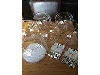 5 fish bowls/vases and table crystals