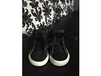 Adidas shoes size 4 UK