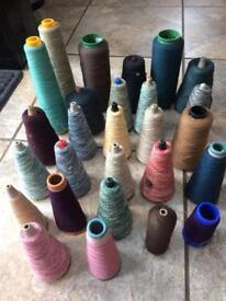 27 knitting yarn bobbins 4kg approx. 4ply
