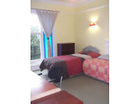NO AGENCY FEES! - Very large double/twin room in large first floor flat central to Westbourne/Brnmth