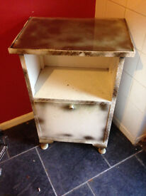 LATE 1940sEARLY 1950s GLASS TOP BEDSIDE TABLE