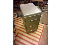 Retro 3 drawer metal cabinet