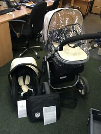 Little Devils Black & White 3-in-1 Pushchair and car seat - Nearly new excellent condition