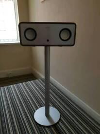 Ipad/iPod/iPhone bluetooth speaker