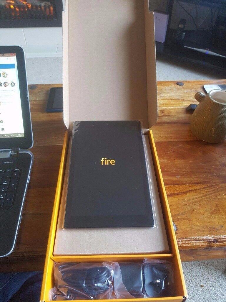 """BRAD NEW Amazon 10"""" tablet"""