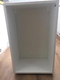 Base/wall cabinet & shelves