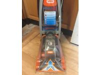 VAX RAPIED XL CARPET WASHER FULLY SERVICED (cud deliver)