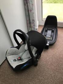 2 way fix Maxi-Cosi isofix base with car seat