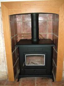 Aarrow Stratford TF90B wood burning stove