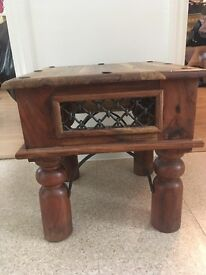 JALI occasional table