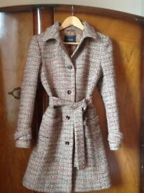 Ladies Winter Coat, size 8