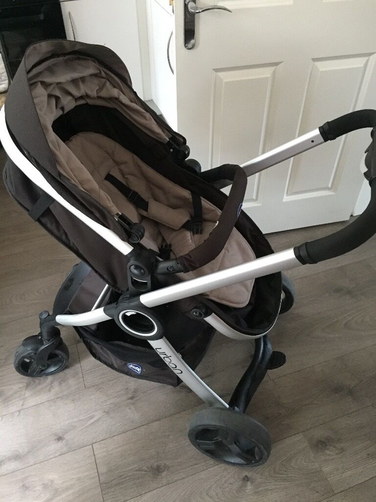 Chicco Urban Pram and Push Chair Travel System £100 ONO