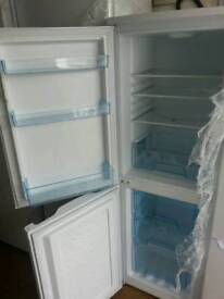 Fridge freezer logik