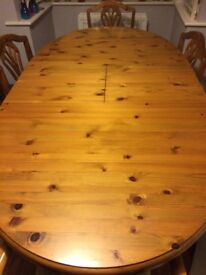Ducal Extendable Table and 6 chairs. Very good condition