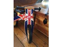 Kiddimoto Kurve Wooden Balance Bike (Union Jack)