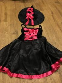 Girls Halloween dress & Hat 7-9 years