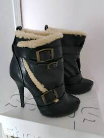 Topshop leather & sheepskin boots size 6