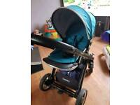 Oyster 2 in teal with city grey bassinet