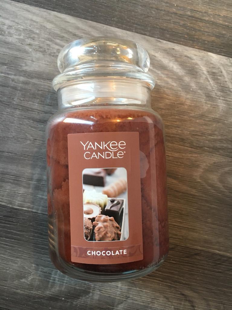 Yankee candle chocolate Deerfield USA