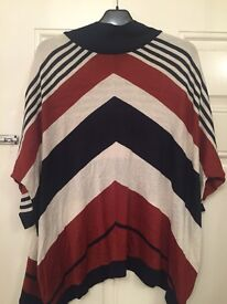 Loose fitting top from wallis