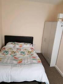 Double bedroom for rent Crewe