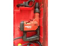 Hilti TE25 Rotary Hammer Drill [ 110v ] & Original Hilti Carry Case.