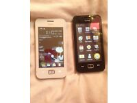 2 Sydney phones for sale looking for £20 the 2