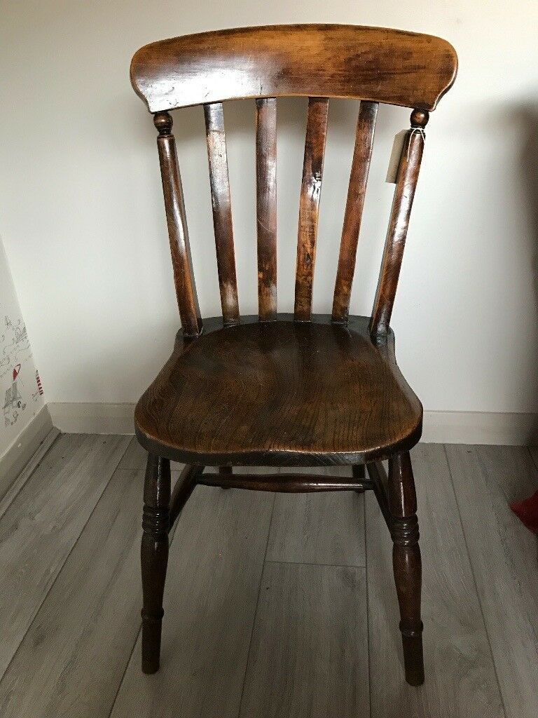 Beautiful Antique Windsor Dining Chair