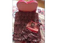BUILD A BEAR PINK BED/CHAIR PLUS HELLO KITTY PYJAMAS AND BLANKET