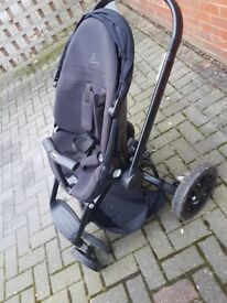 Quinny Moodd stroller and (brand new unused) carrycot