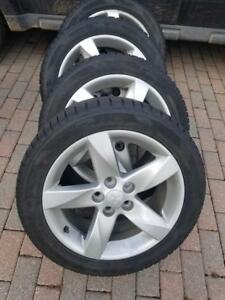 LIKE NEW MITSUBISHI RVR HIGH PERFORMANCE INFINITY 225 / 50 / 17 WINTER TIRES ON OEM WHEELS