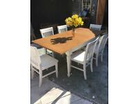Farmhouse extendable table and 6 chairs