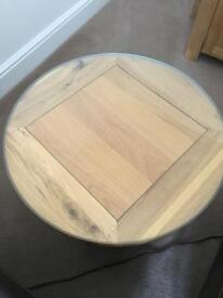 SOLID OAK ROUND COFFEE TABLES
