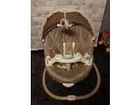 Graco sweetpeace swing. Baby bouncer, swing, rocker chair