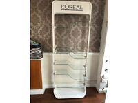 L'Oréal retail stand!