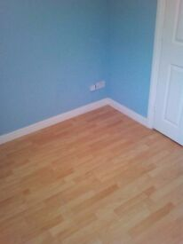 Clean Double room to Rent furnished