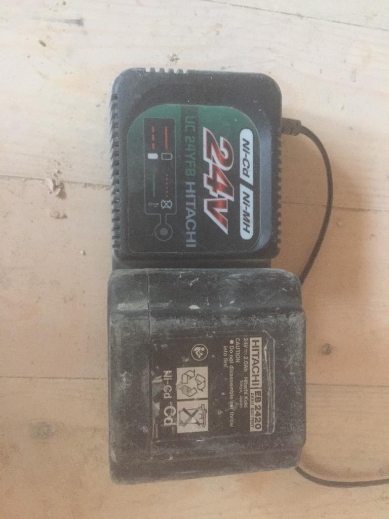 Hitachi 24v batteries x 4 & 2 chargers