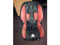 Free Maxi-cosi car seat (12 months +)