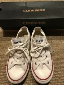 Girls White All Star Converse Size 1